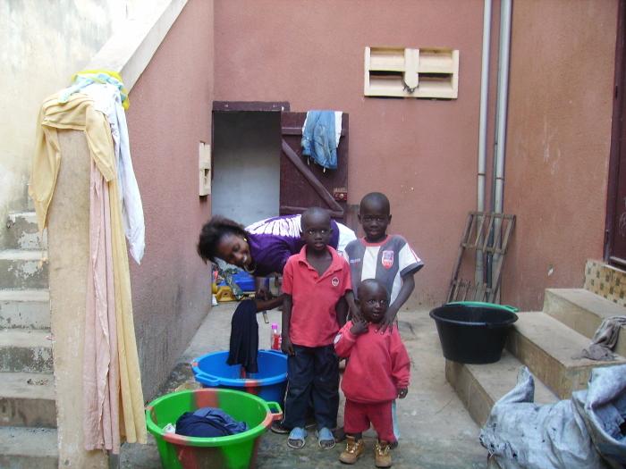La famiglia di Félice a Dakar